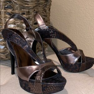 GUESS size 8M